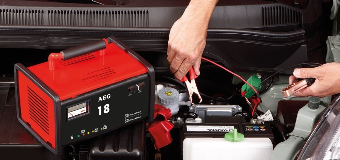 mejor cargador de bateria 24V