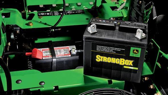 Cómo Cargar una Batería para Tractor