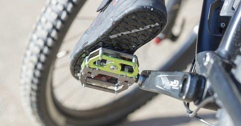 Cómo cambiar unos Pedales para Bicicleta MTB